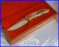 Damascus knife Wolf. Folding knife. Gift to man. Hunter Fisherman Camper