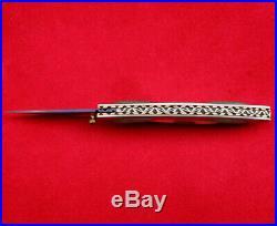 Suchat Knives Custom Folding Knife Damascus Steel White Pearl Shell Fossils jade